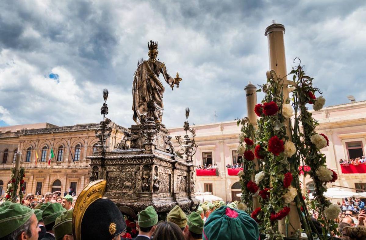 Processione di Santa Lucia