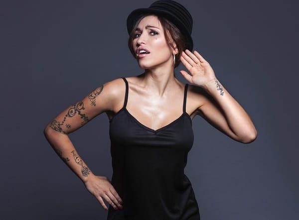 Serena Brancale cantante funk jazz in concerto